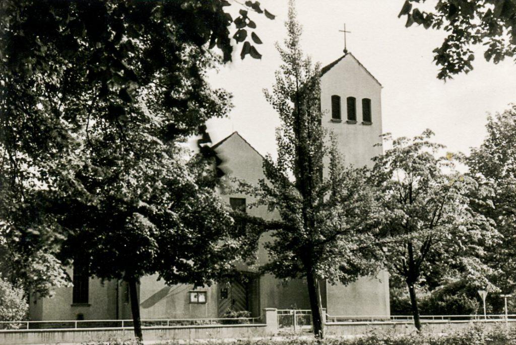 zweite Kirche mit neuen Querschiffen