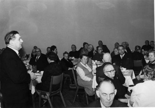 Feier Gemeindesaal 19_12_1964109
