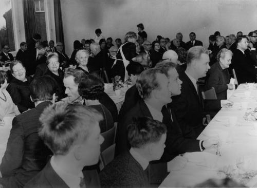 Feier Gemeindesaal 19_12_1964110